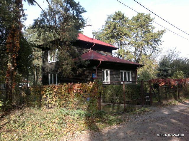 Drewniany dom z lat 30-tych XX wieku na Boernerowie.