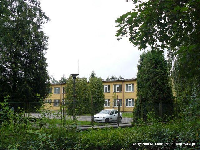 Budynek sztabu byłego 65. dr OP m. Rozewie.