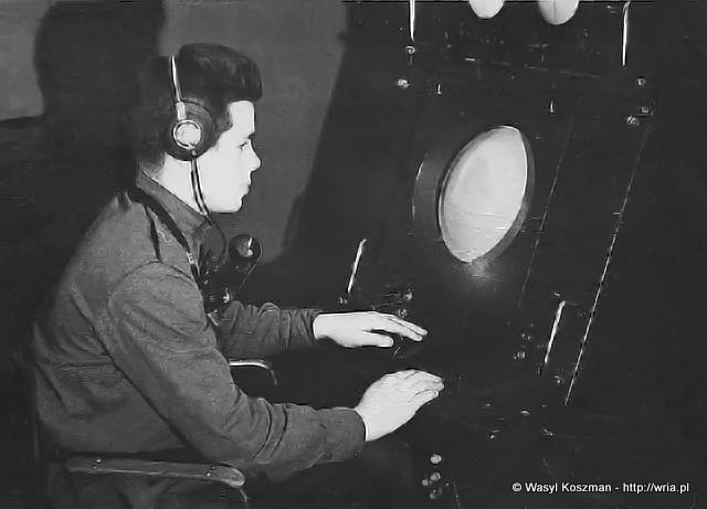 WskaĹşnik operatora sytuacji powietrznej RLS A-100B.