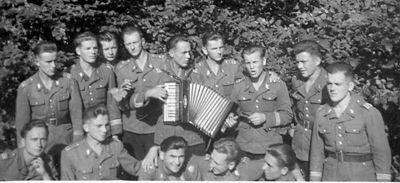 Po końcowych egzaminach - Koszalin 1950r.