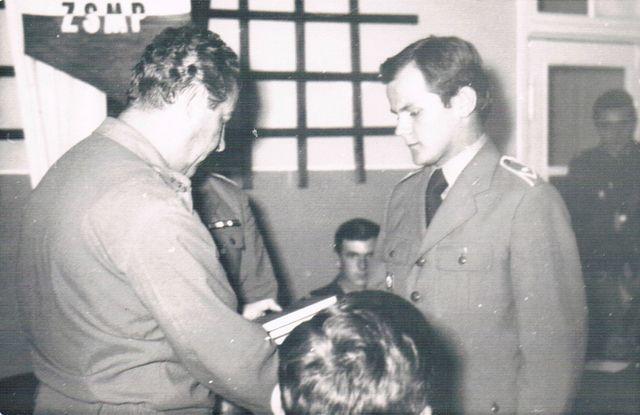 Dca 4. BA OPK płk Feliks Jachnicki i mł. chor. Jan Dziadoń.