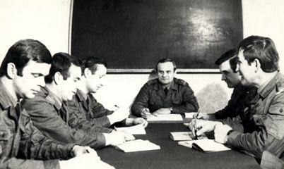 Dowództwo 37 da OPK z 1981 roku. Od lewej Zbigniew Przęzak, Witold Schidt, Mirosław Kaliczyński, Zygmunt Kunkel, Władysław Much i Edward Kornicki.