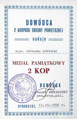 Akt nadania Medalu Pamiątkowego 2 KOP.